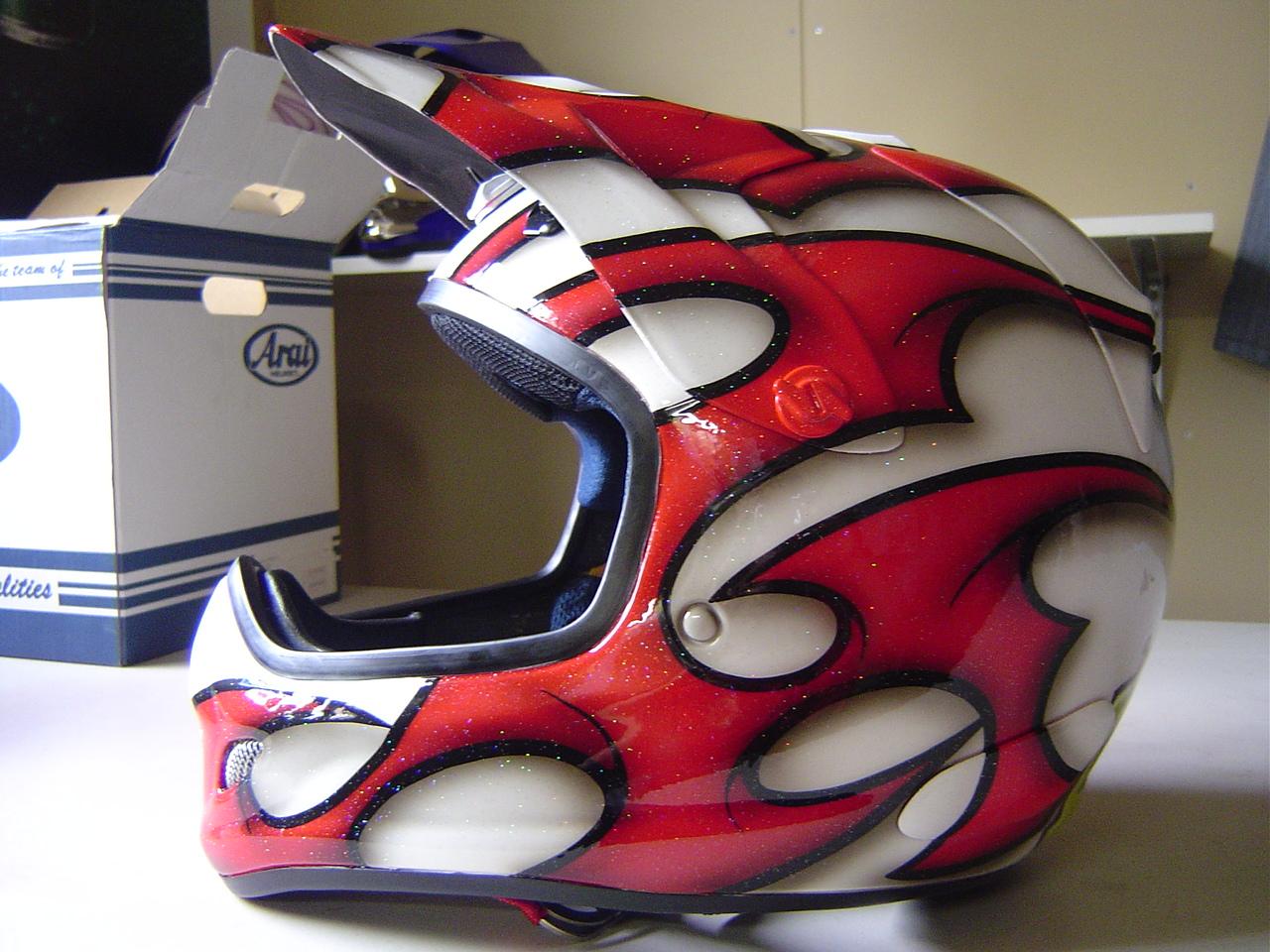 オフロードヘルメット カスタムペイント
